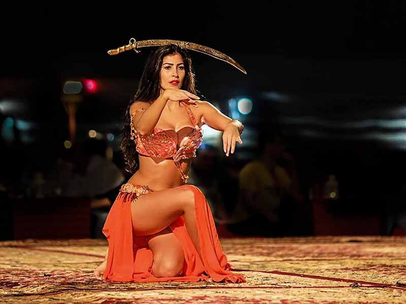 Dubai Desert Safari Belly Dancer 1 - Luxuria Tours & Events