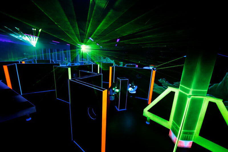 HubZero- playzone laser skirmish - Luxuria Tours & Events