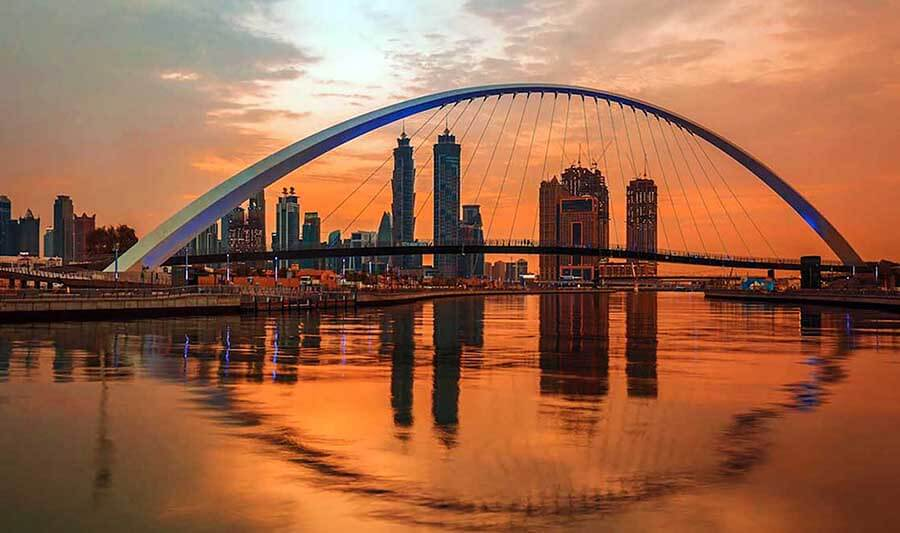 Dubai Canal Sunset - Luxuria Tours & Events
