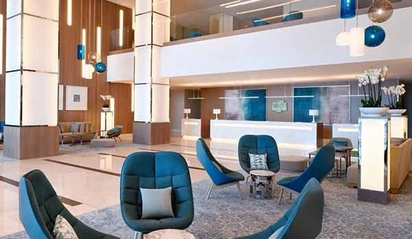 Holiday Inn Dubai Festival City, Lobby - Luxuria Tours & Events