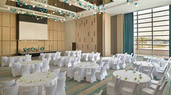 Holiday Inn Dubai Festival City, Meeting Room - Luxuria Tours & Events